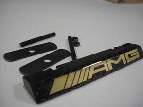 Grill Emblem AMG Carbon Fiber Black Metal