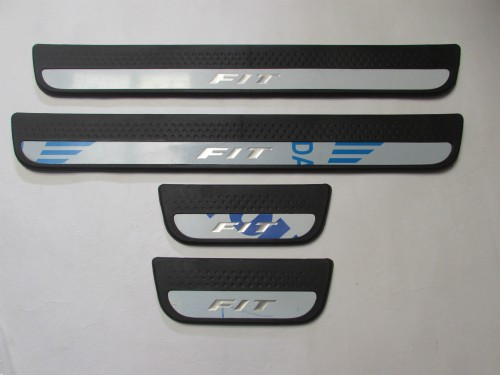 Door Sill Plate NON LED Black FIT 08